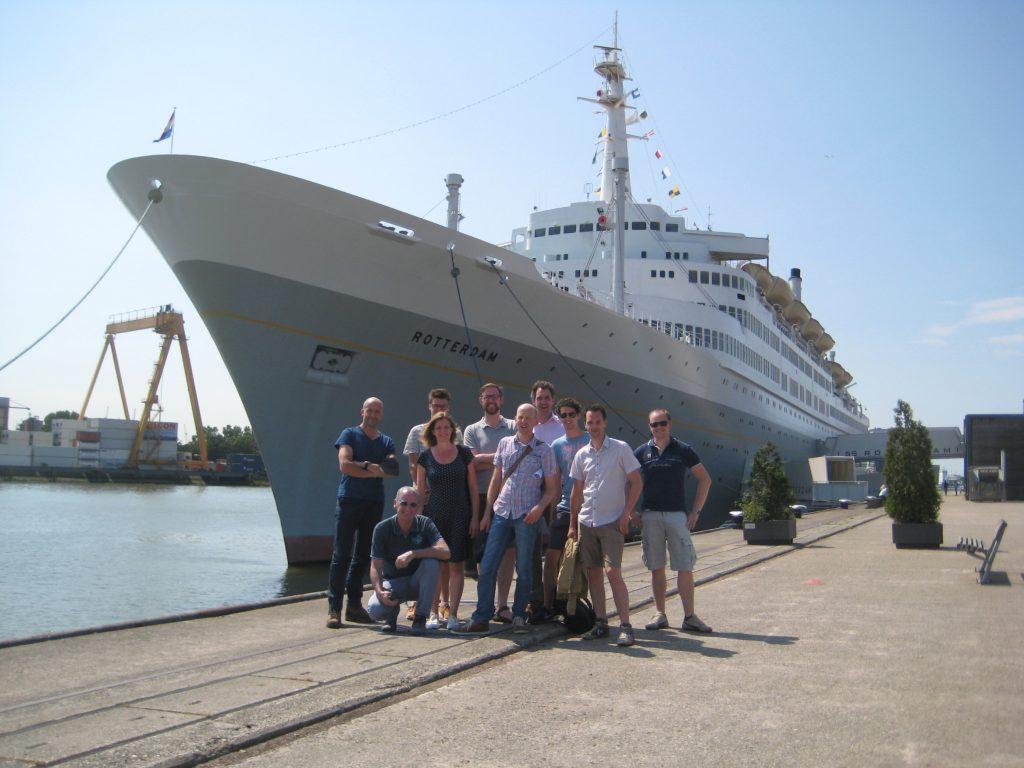 Groepsfoto excursie SRO Rotterdam